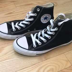 Converse all star high tops size 7